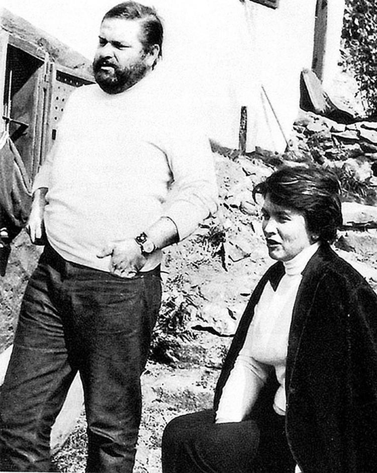 Писатель женился на внучке известного художника Петра Кончаловского - Екатерине. Фото: из личного архива Семеновых
