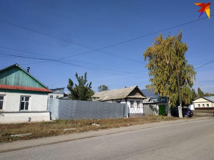 Пьяного Дмитрия сначала избили перед домом, а потом погрузили в багажник и вывезли к кладбищу...