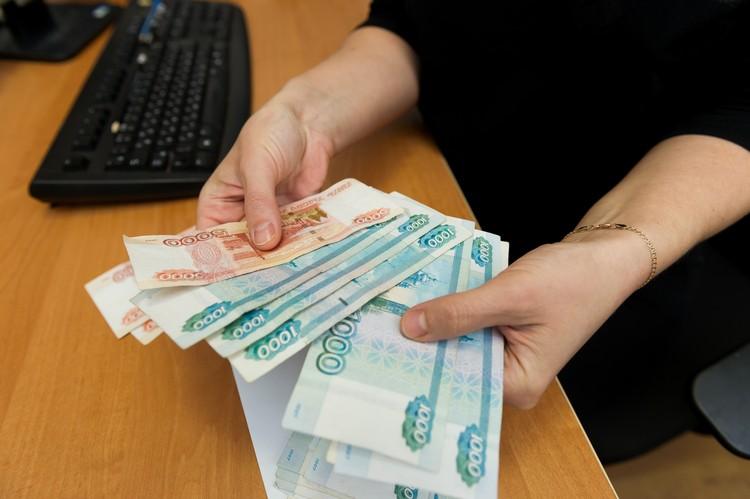 Ситуация с долгами по коммуналке в Петрозаводске критическая: местные жители успели накопить их на 200 миллионов рублей.