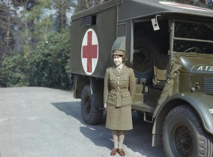 Елизавета II в годы Второй мировой войны