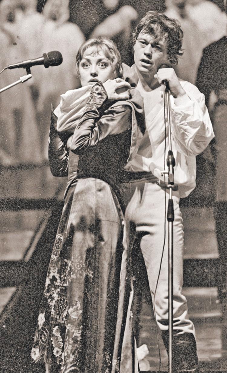 Самая известная театральная работа Караченцова - роль графа Резанова в рок-опере «Юнона и Авось».