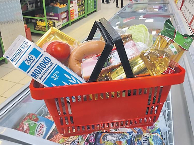 Около 17 млн тонн еды в России ежегодно оказываются на свалках. Таким объемом продовольствия можно накормить 30 млн человек.