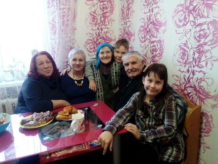 В кругу семьи. Фото: из личного архива