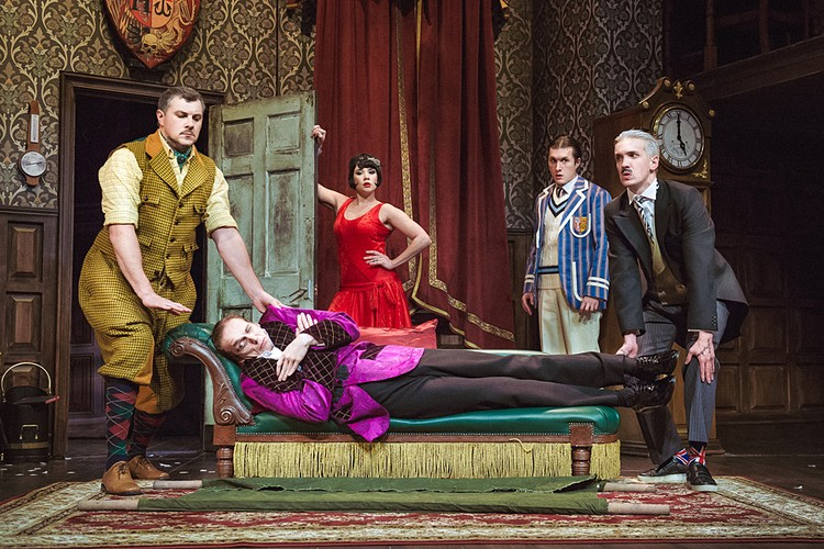 После москвичей театральный хит увидят жители Санкт-Петербурга, Казани и Екатеринбурга