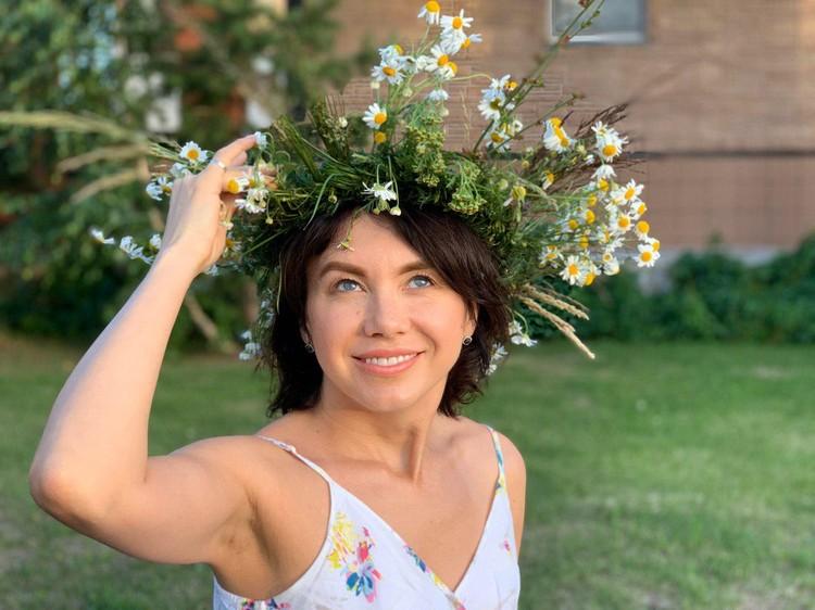 Елена Золина - мама троих детей, говорит, что хочет ещё. Фото героя публикации.
