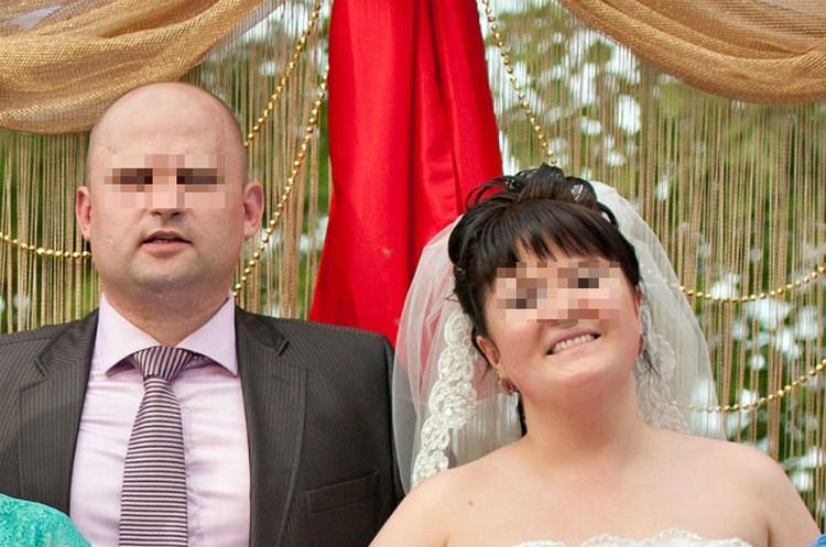 А это свадебное фото, женитьбу сыграли пышно. Фото: архив семьи.