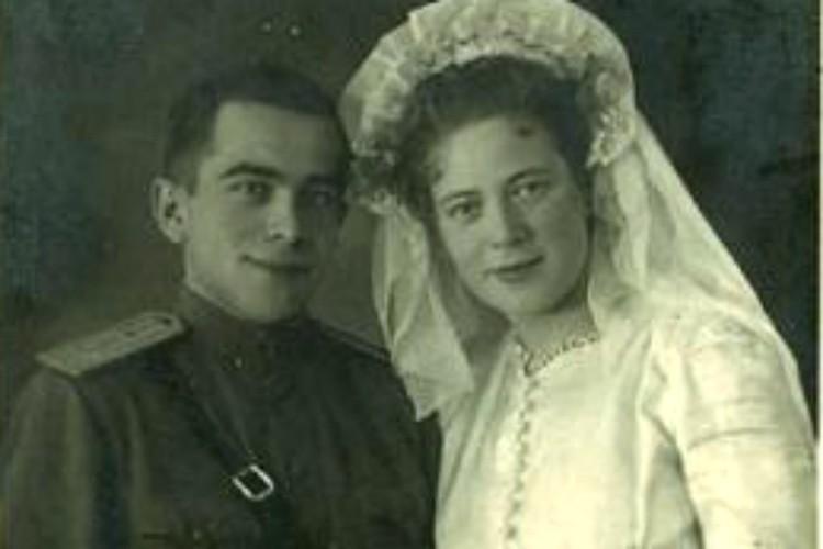 Свадьбы сводились к регистрации и, в лучшем случае, скромному ужину. Фото: Из архива Ольги Морозовой.