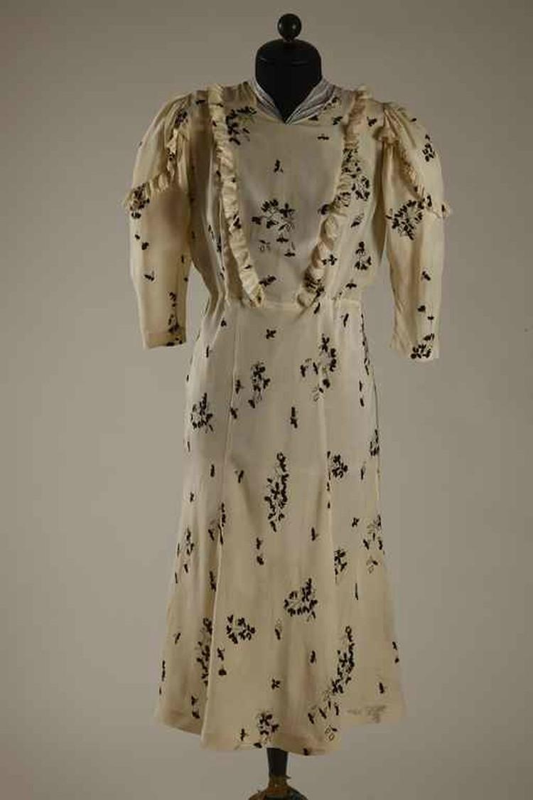 Это свадебное платье ожидало свадьбы десять лет. Фото: Из архива Ольги Морозовой