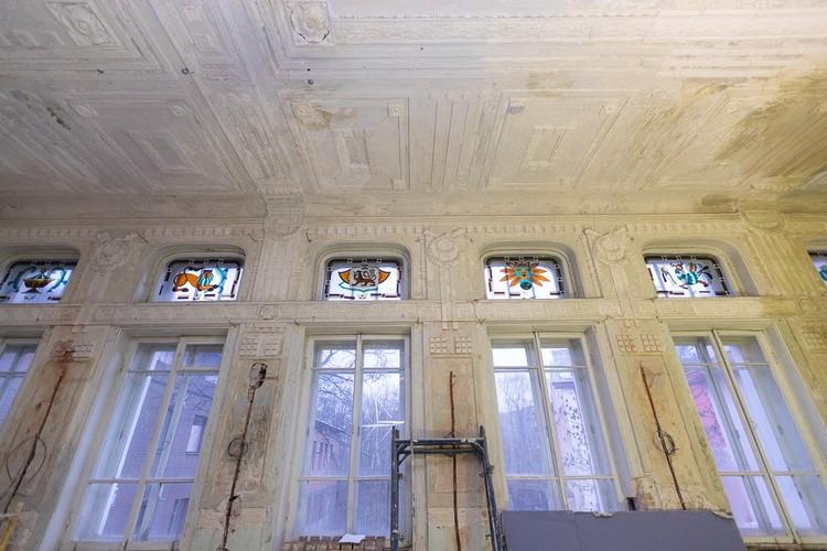 Окна в здании музыкальной школы полностью заменят.