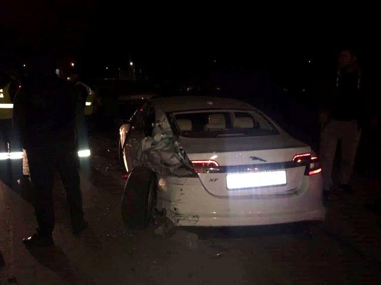 Всего в ДТП пострадало 13 легковушек.
