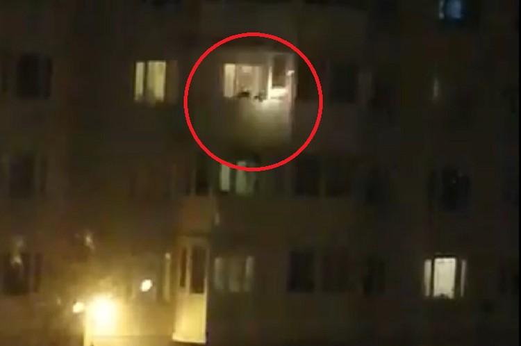 Свидетелями инцидента оказались жители соседнего дома. Фото: vk.com/unreleased_dtp