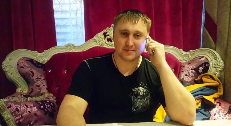 Согласно данным из открытых источников, Игорь являлся учредителем и руководителем частных охранных предприятий
