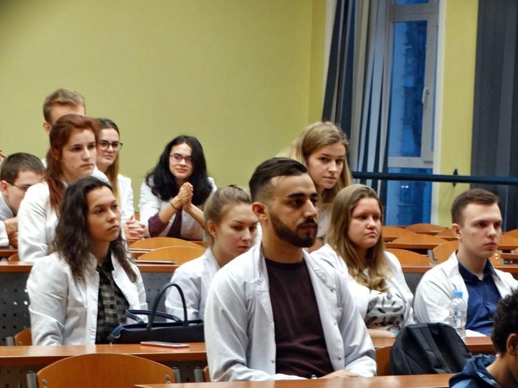 Специалисты встретились со студентами