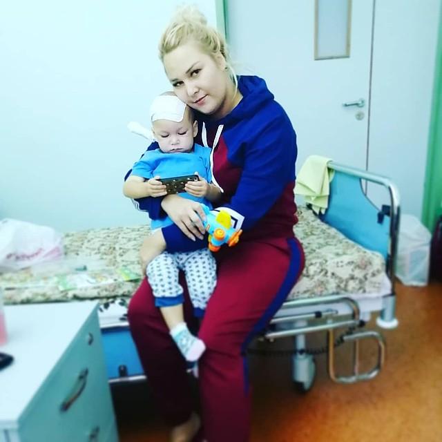 Ребенок пробыл в лекарственной коме 7 дней. Фото: vk.com