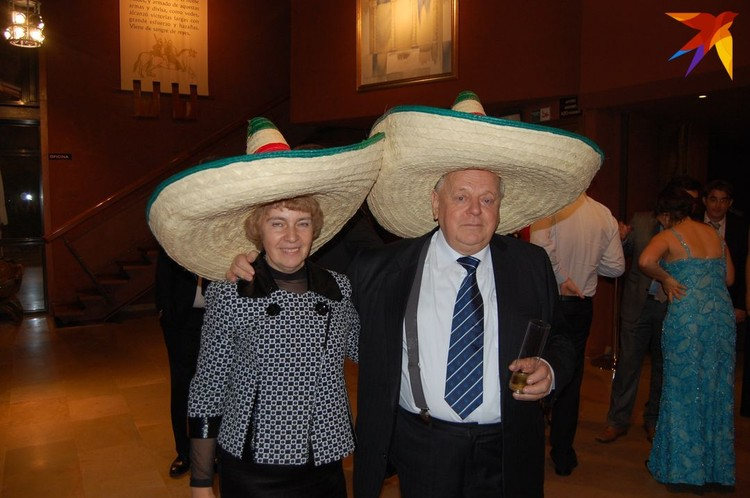 Шушкевич с женой Ириной четвертый раз подряд планирует встречать Новый год в Мексике. Фото: личный архив.