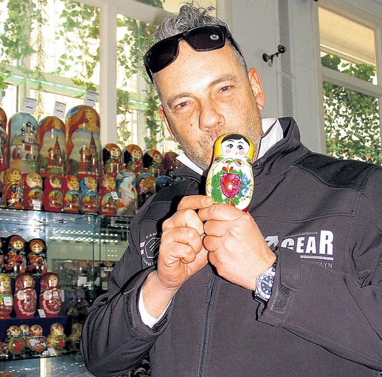 Матиас во время своей поездки по России.