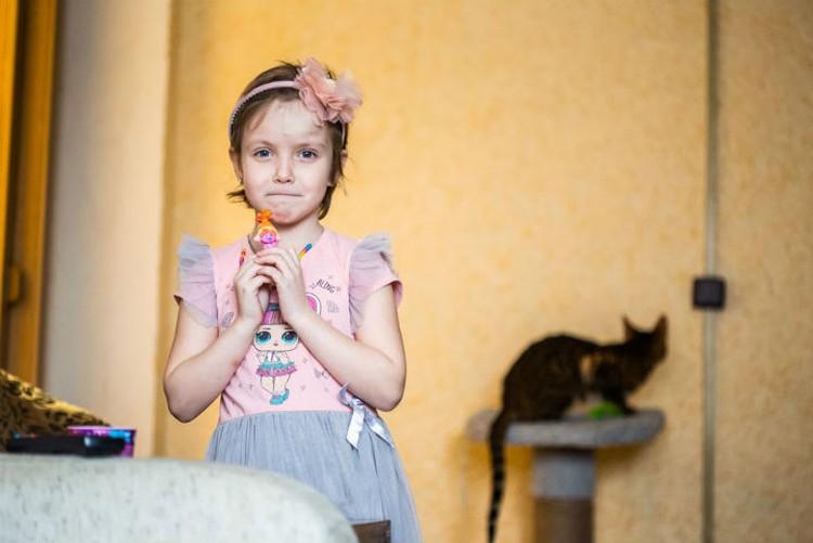 Рита Иноземцева любит петь и танцевать. Фото: Антон КЛИМОВ, сайт Русфонда.