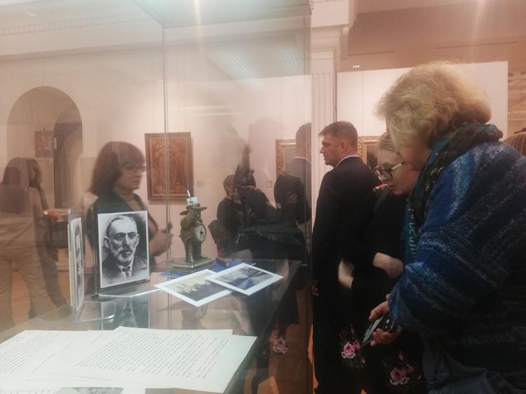 Еще семь лет назад художника в Беларуси почти никто не знал, сейчас же зрители с нетерпением ждали открытия его выставки