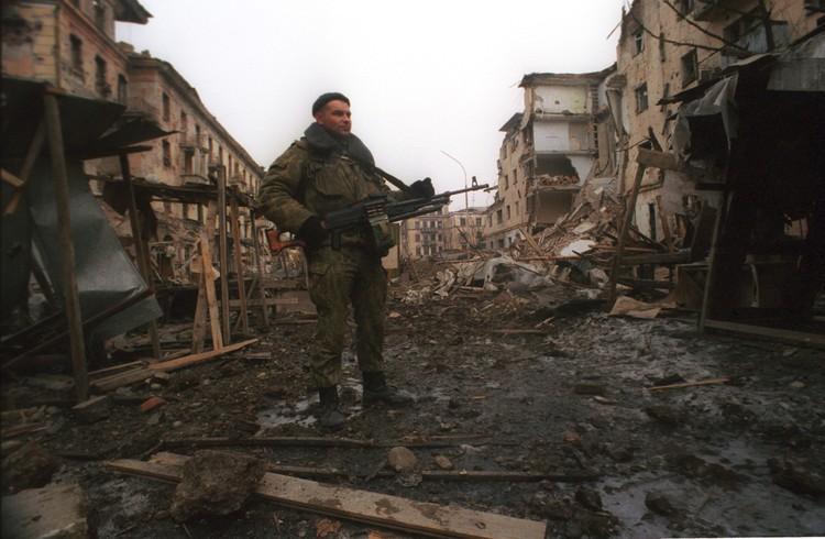 До 30 декабря потери были 7 человек с обеих сторон. И если бы не штурм Грозного, обошлись бы малой кровью.