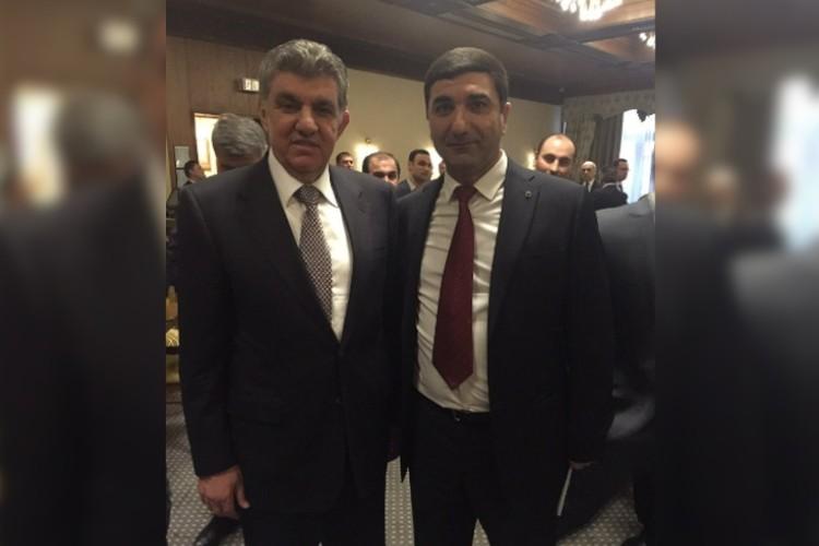 Аркади Даларян (справа) возглавляет армянскую общину в республике с 2013 года.