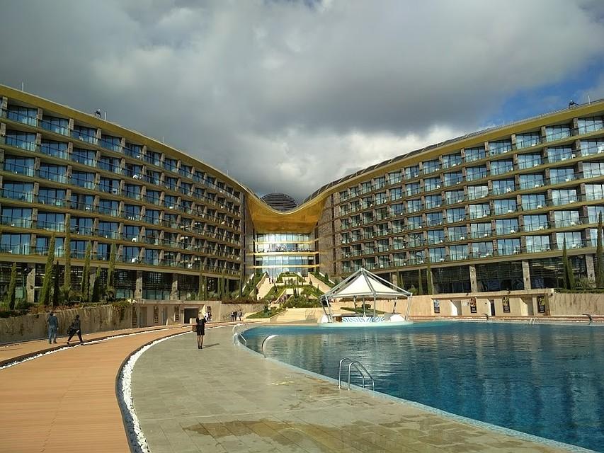 Только при круглогодичной загрузке курортные объекты могут платить повышенные налоги Фото: Анна КИРИЕНКО