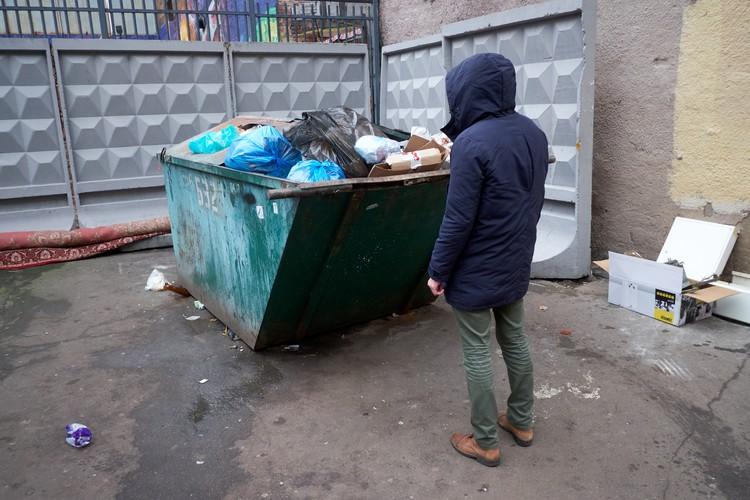 Мусорная реформа в Северной столице пока тормозит - для того, чтобы она запустилась, не хватает ресурсов.