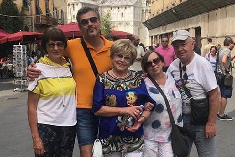 Вовк и Куницын много путешествуют с друзьями