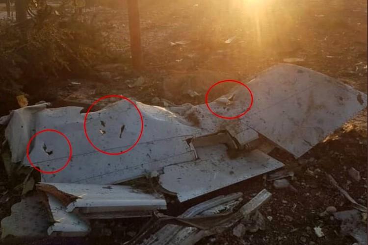 """Фото с форумов, где обсуждают крушение """"Боинга 737 - 800"""""""
