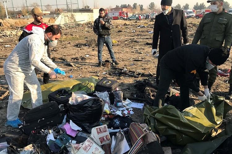 На борту находились иностранные студенты, экипаж состоял из граждан Украины
