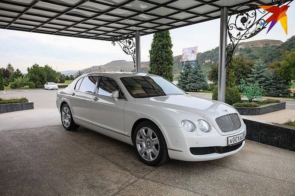В коллекции Арашуковых были и современные машины. Например этот роскошный Mercedes Maybach Фото: Дмитрий АХМАДУЛЛИН