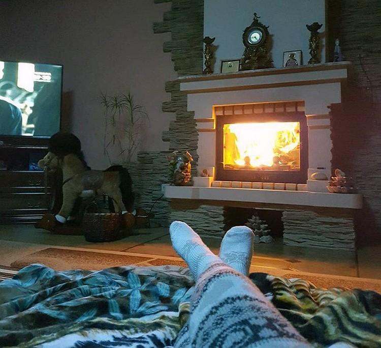 Валентина поделилась в соцсетях снимком интерьера квартиры.