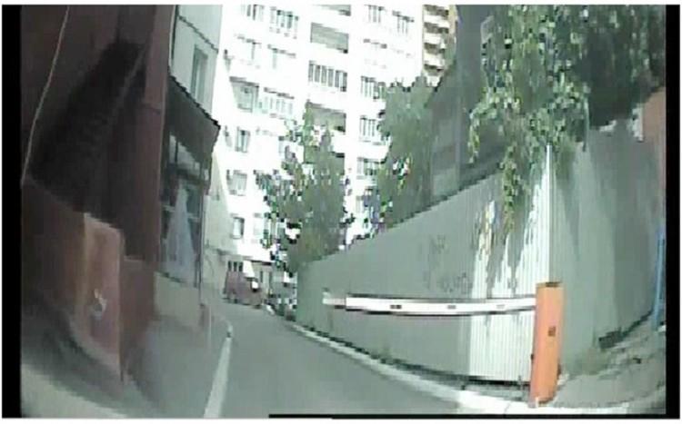 Черта под этим кадром - дефект камеры, на которую указывают адвокаты
