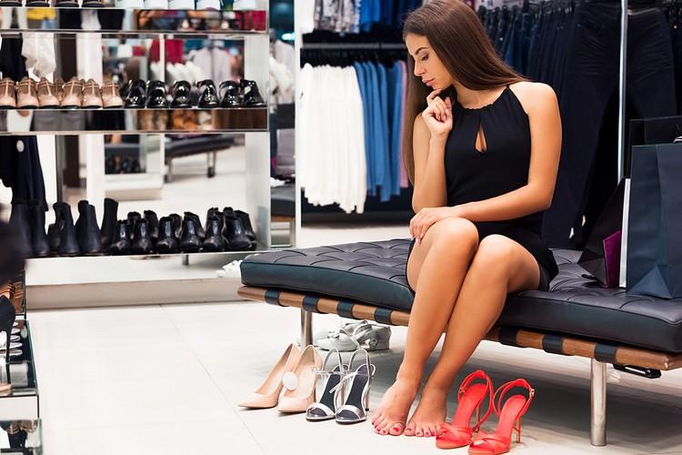 Продажи шпилек, как, впрочем, и всей обуви на каблуке в 2019 году снизились на 35%
