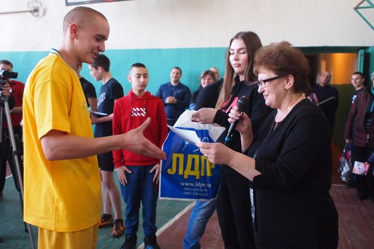 Чемпион Приморской школы, который поднял полторы тонны