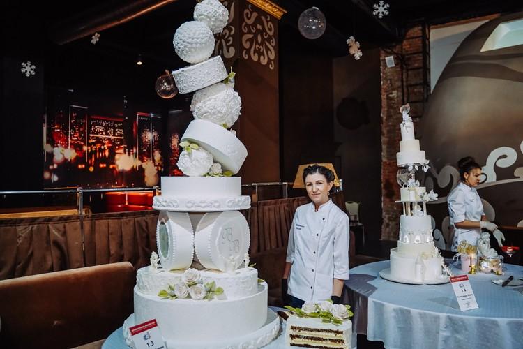 У Валентины Поповой получился очень вкусный торт