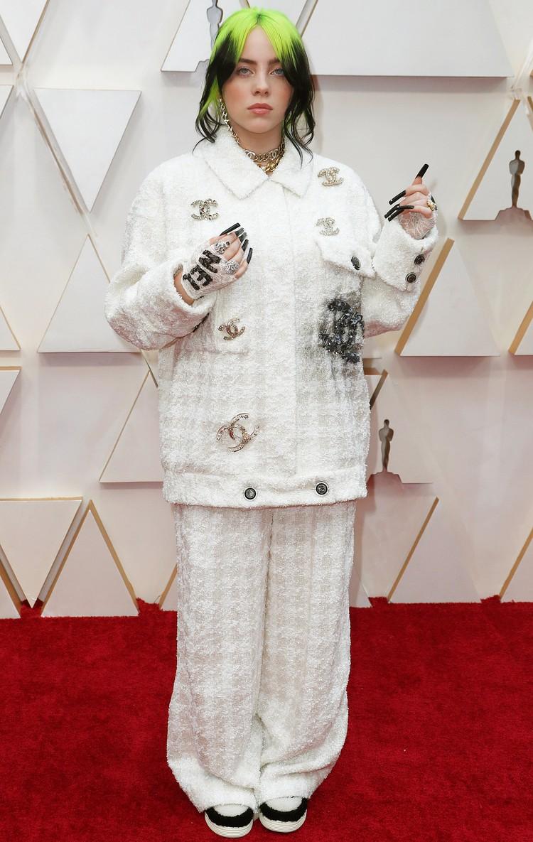Модный дом Chanel нарядил и участницу музыкальной программы Билли Айлиш