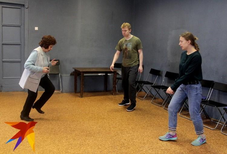 Мои уроки проходят очень весело, и с тверскими актерами также