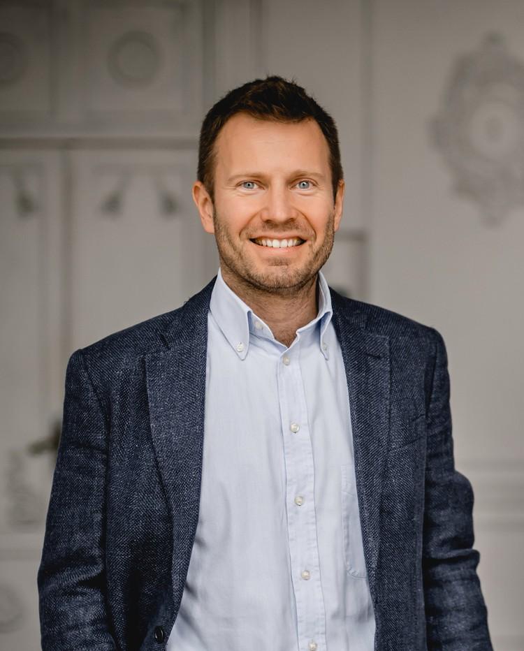 Юрий Зачек - профессиональный сертифицированный коуч Международной Федерации Коучинга (PCC ICF), бизнес-тренер