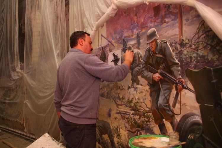 Художники стараются максимально придерживаться реальных событий, местности, интерьеров.