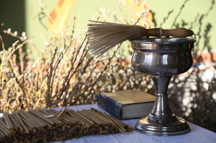 На Вербное воскресенье пришло много верующих. Фото Тобольской митрополии