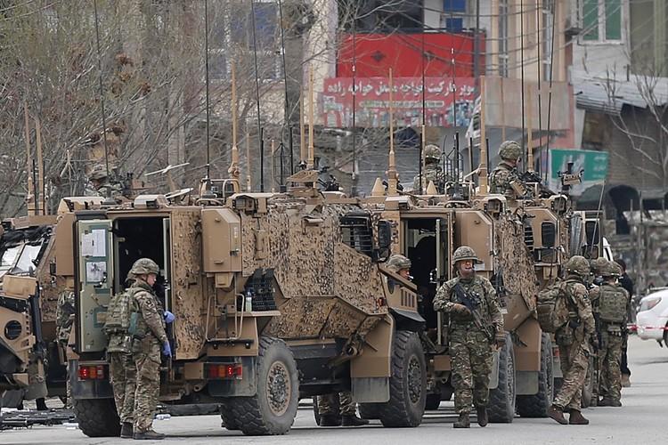 Под маркой борьбы с исламистским Злом США вторглись в Афганистан