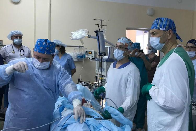 Операция шла 4,5 часа. Фото: предоставлено Юрием Козловым