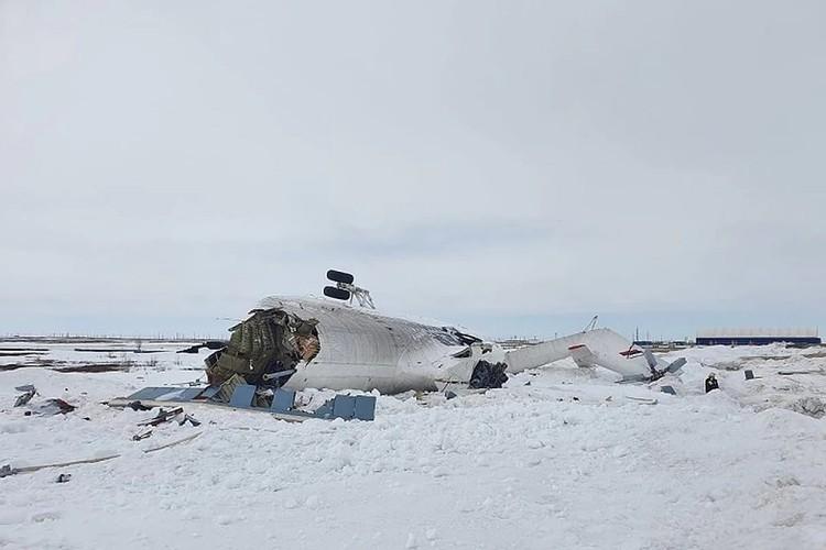Следователи рассказали, что произошло с вертолётом, совершившим жёсткую посадку на Ямале. Фото: Уральское следственное управление на транспорте