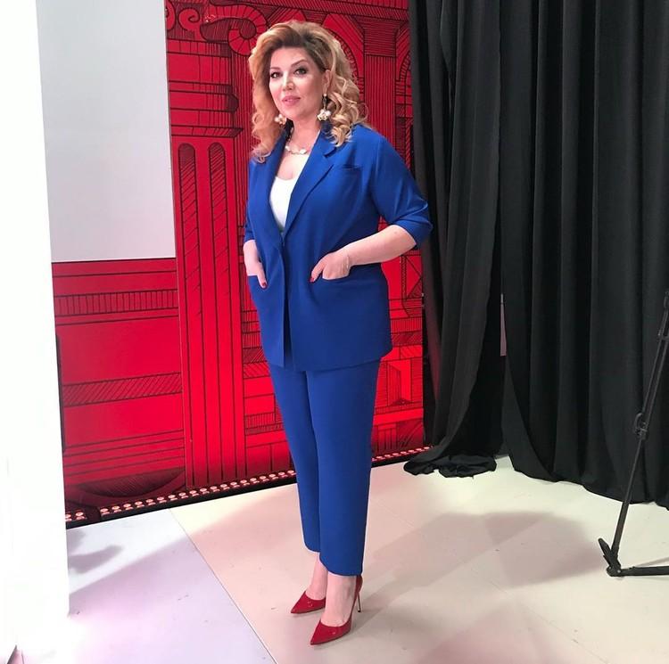 Екатерина Скулкина в новых образах ведущей «Модного приговора».