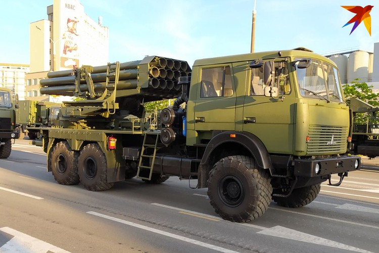 Модернизированный «Ураган» на базе МАЗа.