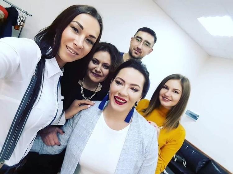 В конце 2018-го Оксана, три ее сестры и мама встретились в Москве. Фото: предоставлено Оксаной Кошелевой