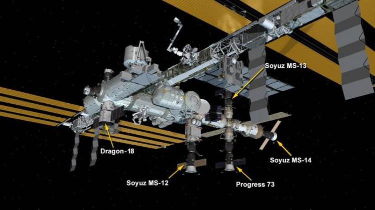 Грузовой вариант корабля Dragon уже стыковался с МКС.