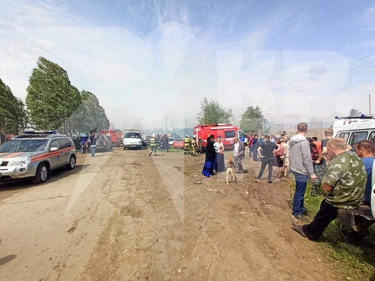 На место приезжали и машины скорой помощи, но говорят, что никто не пострадал