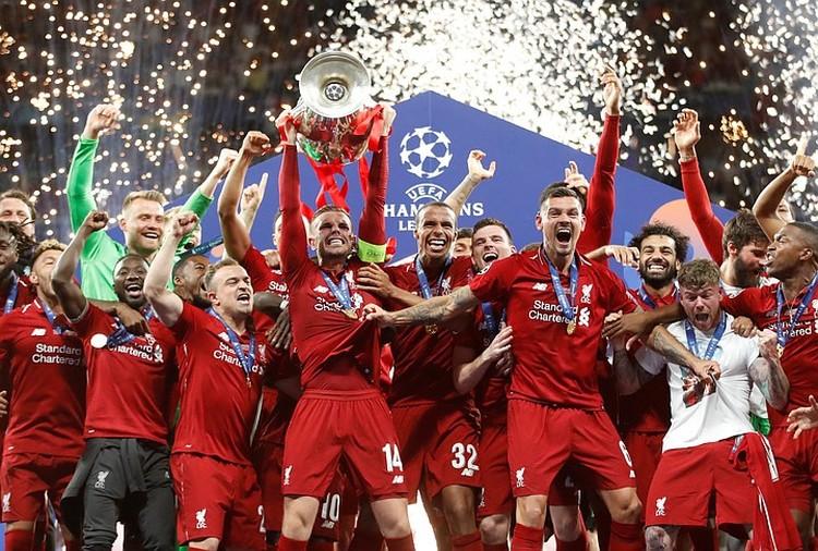 """""""Ливерпуль"""" выиграл Лигу Чемпионов 15 лет спустя."""