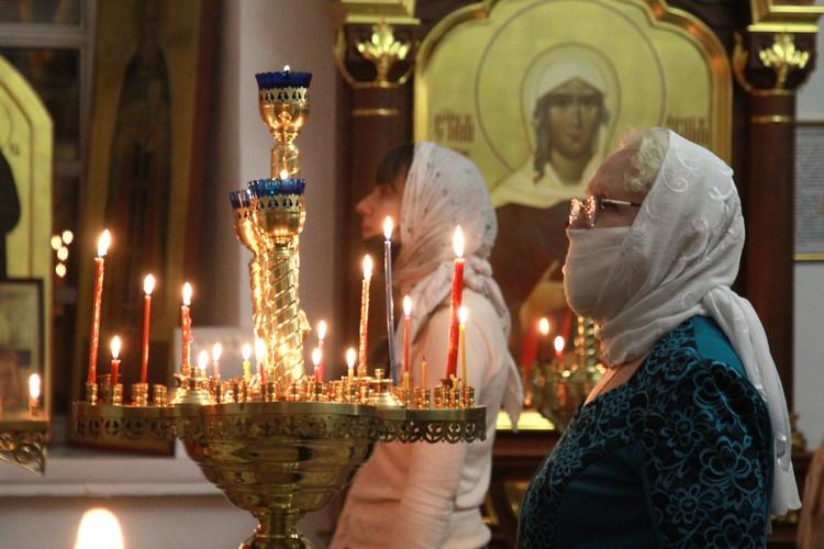 В Москве открываются православные храмы. указ подписал Патриарх Кирилл.